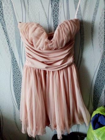 Продам платья 3000
