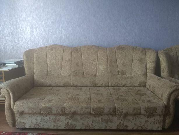 2 дивана и кресло