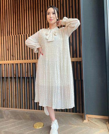 СРОЧНО за 4000тг продаётся красивая платье.
