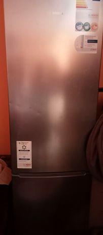 Продаю  холодильник  в отличном  состоянии.