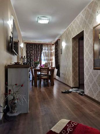 Продавам 2-ри етаж от къща 95кв.м.