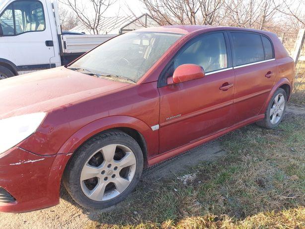 Dezmembrez Opel Signum 1.9 150 cp