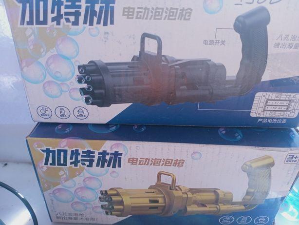 Пистолет игрушечный с мыльными пузырями