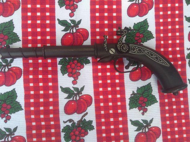 Пистолет сувенирный СССР