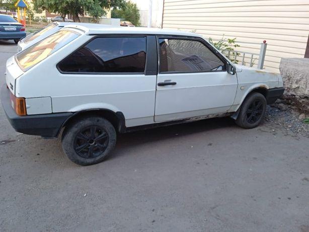 Продам автомобиль Lada2108