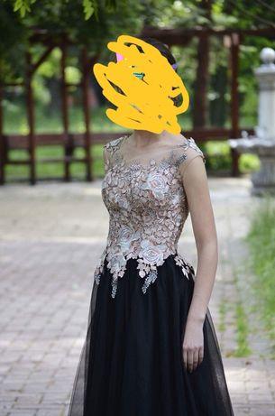 Уникална бална рокля