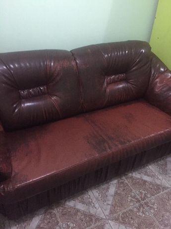 BACAU - Canapea cu 2 fotolii piele ecologică