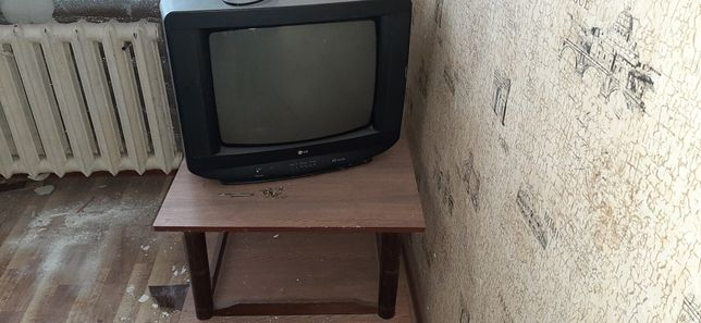 телевизор хорошее состояние