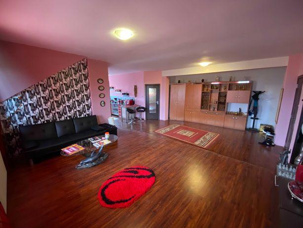 Proprietar: Apartament cu 3 camere mobilat si utilat Zona Paleu Oradea