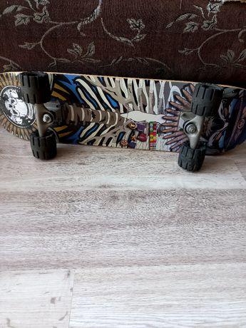 Продам скейтборд в хорошем состоянии
