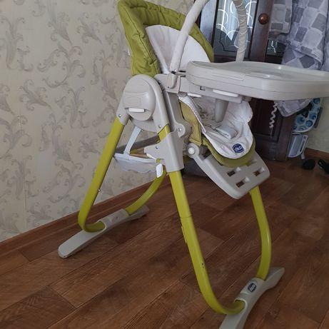 Продаю стульчик для кормления CHICCO