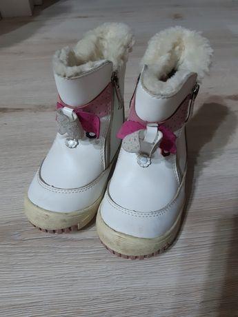 Зимняя обувь белая