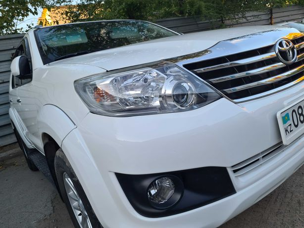 Toyota fortyner 2014 г.в