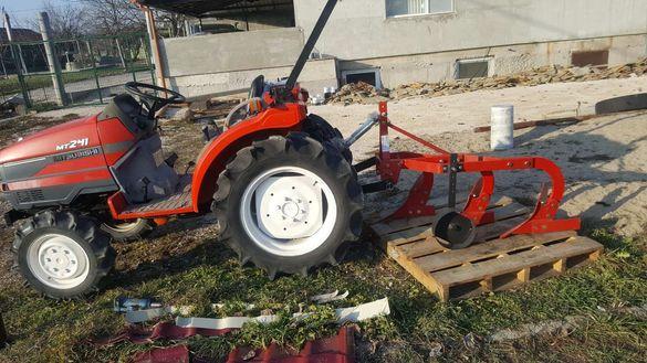 Услуги с малък трактор