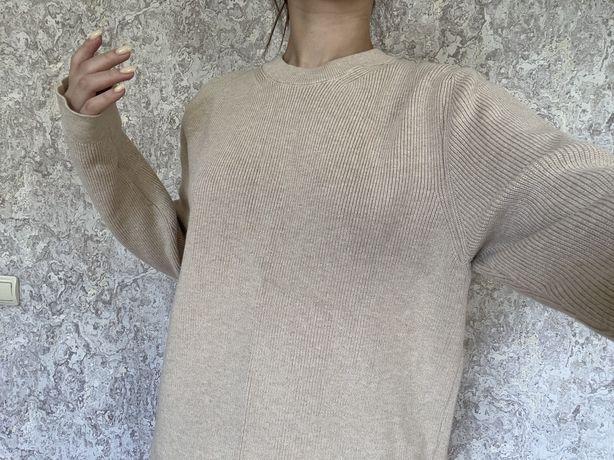 Продам свитер H&M