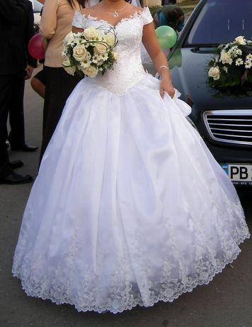 Булчинска рокля.
