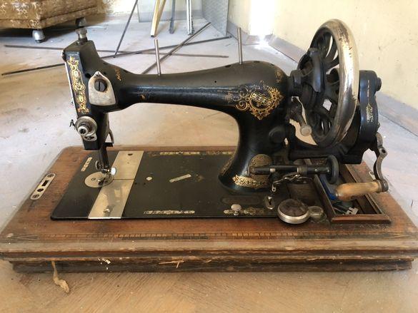 Ръчна шевна машина Gritzner Durlach