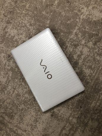 Продам ноутбук Sony Vaio VPCEL2S1R