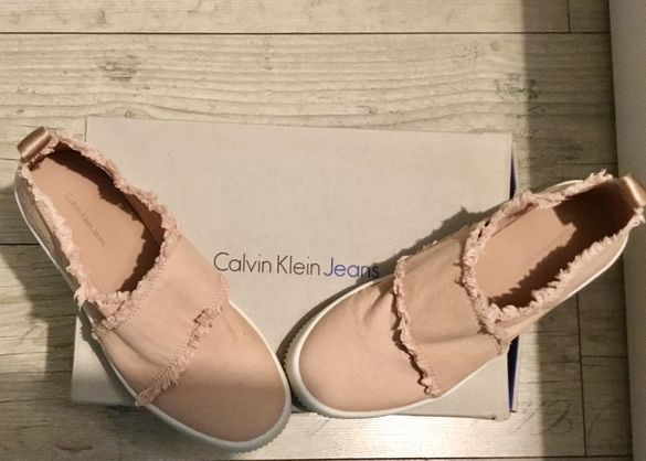 Спортни обувки Calvin Klein нови
