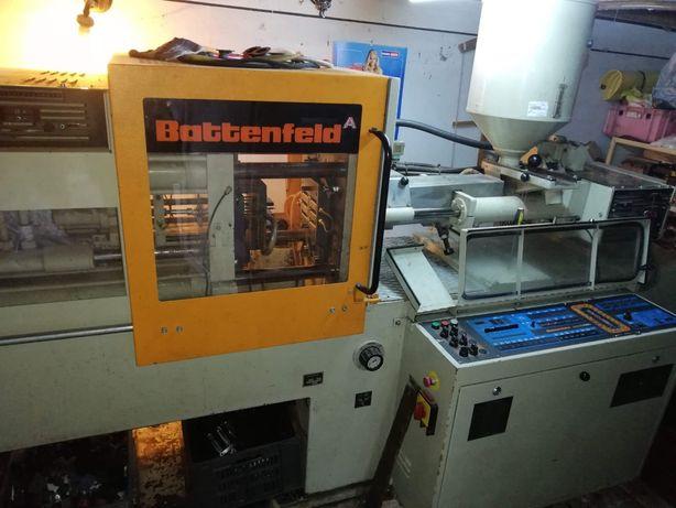 Mașina injecție mase plastice Battenfeld