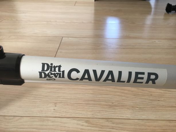 Aspirator vertical 2 in 1 Dirt Devil Cavalier