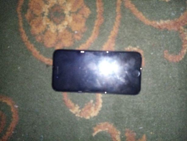 Продам айфон 7 32гб