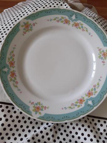 Продам тарелки,Чехия и Китай фабричный.