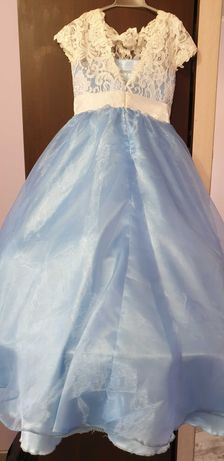 Дълга детска рокля