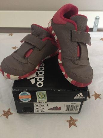 Обувки Адидас, 26