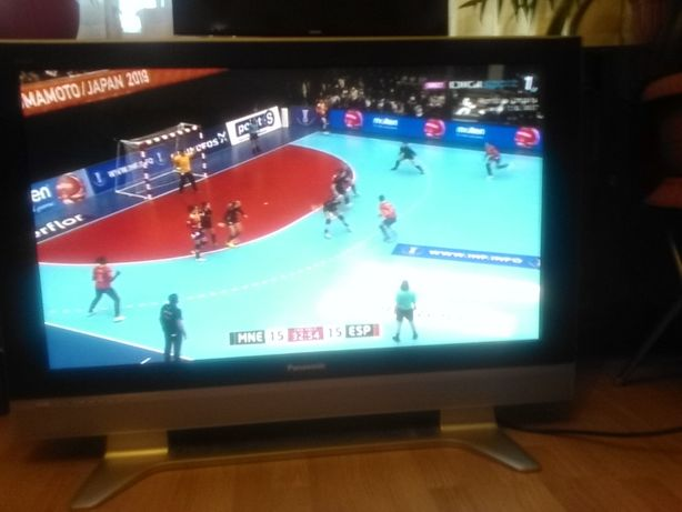 vand televizor LCD PANASONIC VIERA 110 cm diagonala
