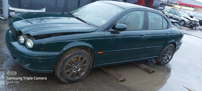 Dezmembrez Jaguar X-Type 2.5 benzina 4x4 an 2002 cod motor XB