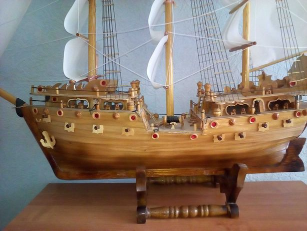 Срочно продам корабль ручной работы