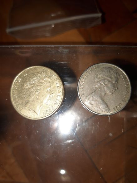 1 австралийски долар + пенс