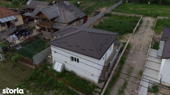 Vand Casa Renovata, Stalpeni, langa Mioveni, 500 mp
