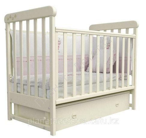 Манеж/детская кроватка с матрасом