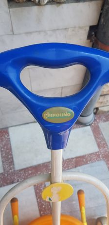 Детско колело с помощно управление от родителя