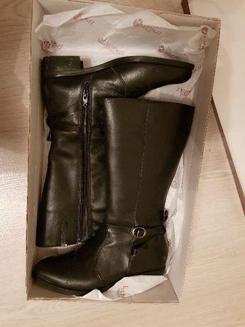 Дамски зимни ботуши от естествена кожа