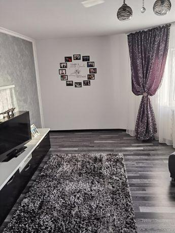 Vând apartament cudouacamere(schimb cu 3 camere sau cu casă)