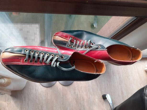 Pantofi bowling