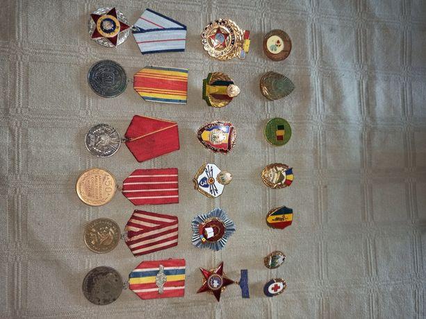 Colectie insigne, medalii si decoratii