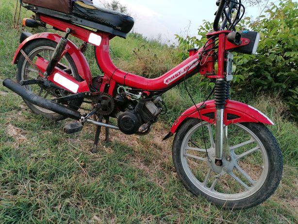 Vând/Schimb moped firts bike