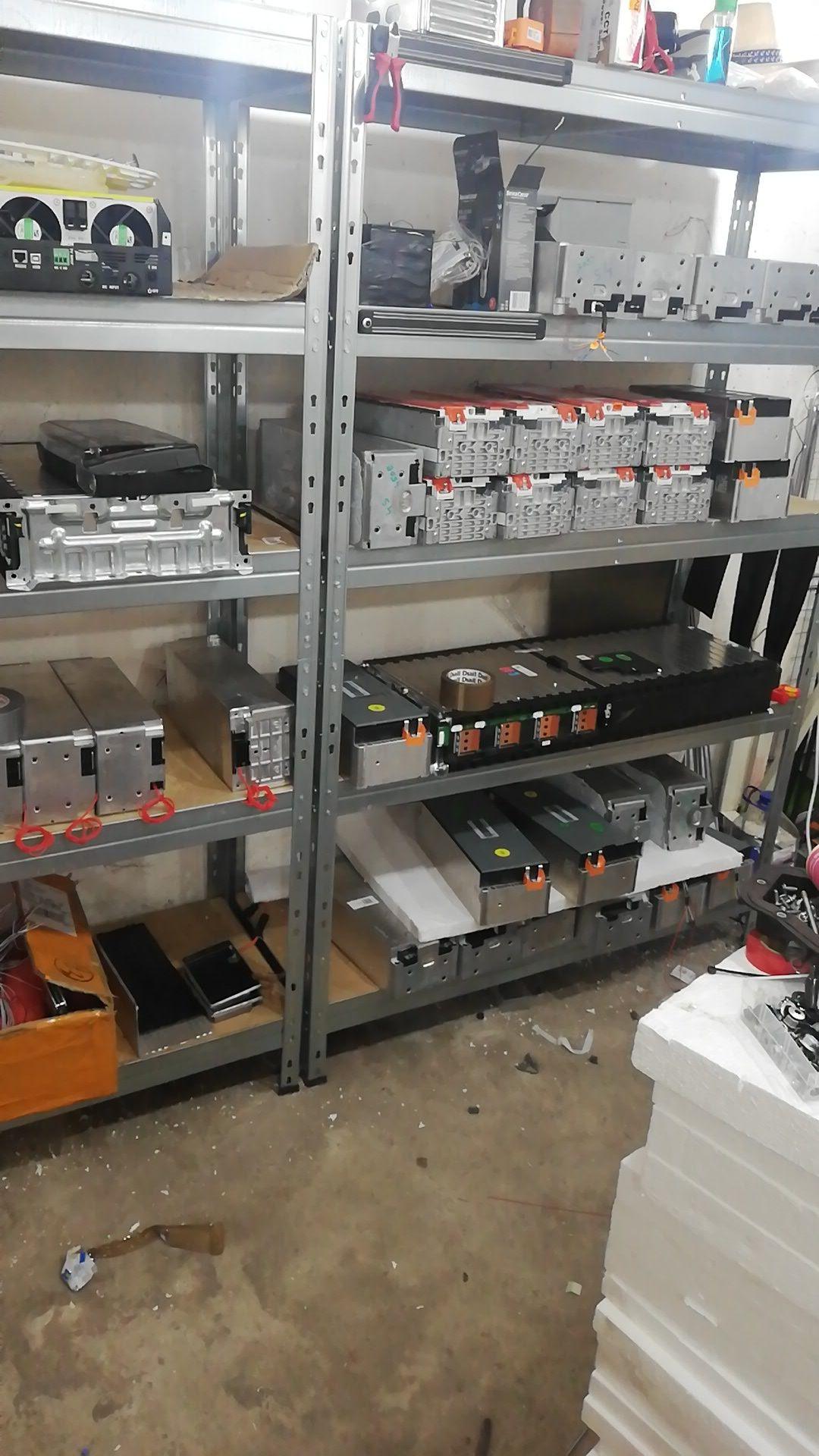 Acumulatori baterii Li-Ion panouri fotovoltaice