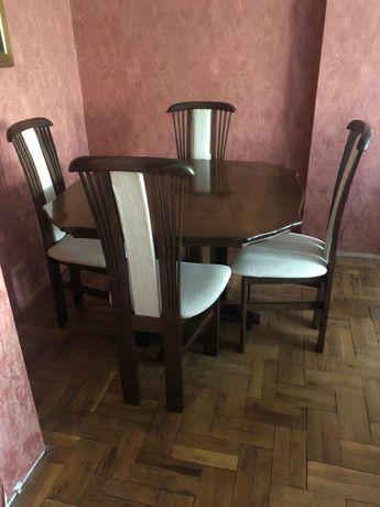 Комплект трапезна маса със шест стола