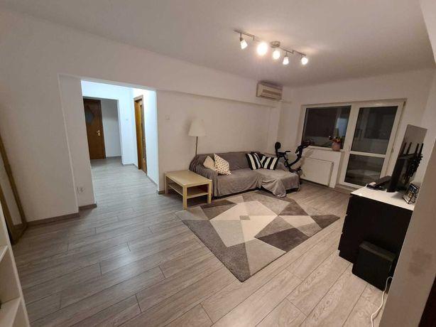 Proprietar vand apartament 3 camere Liberty Mall Rahova Sebastian BRD