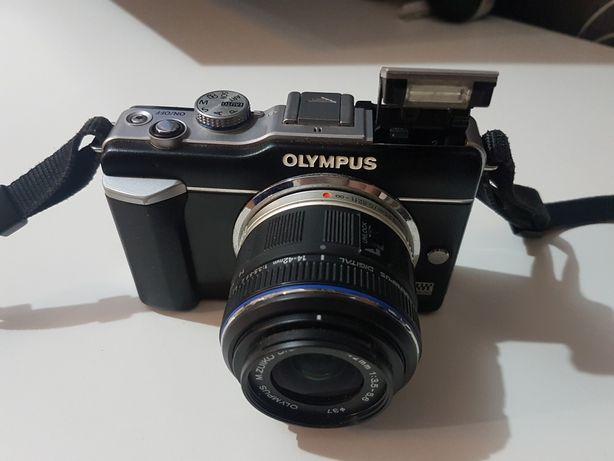 Cameră Olympus pen E-PL1