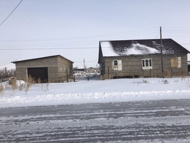 Продаётся дом в посёлке Ботакара