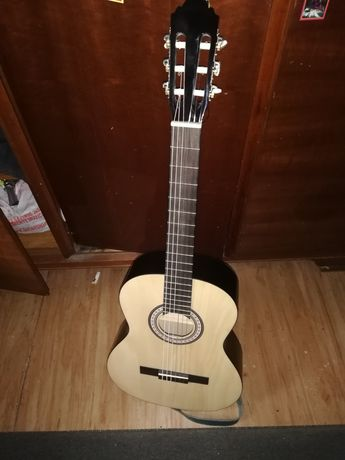 Chitară nouă clasică pulls