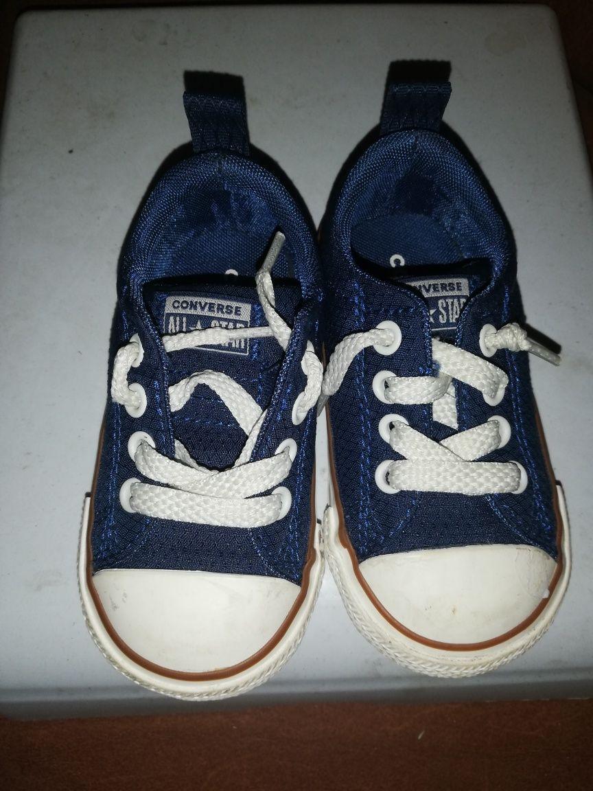 Детски обувки пума и конверс