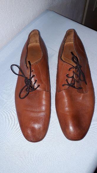 мъжки обувки кафяви