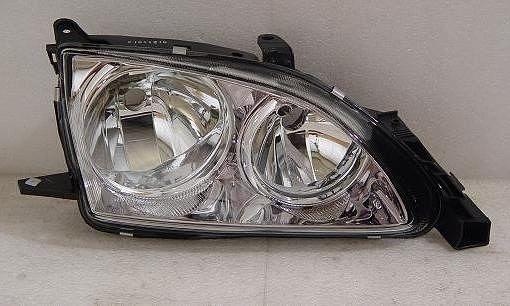 Фара/бампер/капот на Тайота авенсис 00-03/Toyota Avensis 00-03